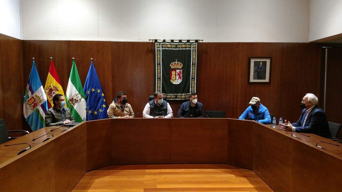 Presentación Oficial CAEX 4x4 2021 en el Ayuntamiento de Pizarra.